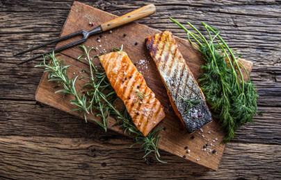 Fisch Gasgrill : Was kann man grillen mit einem gasgrill? u2022 fleisch u2022 fisch u2022 gemüse »